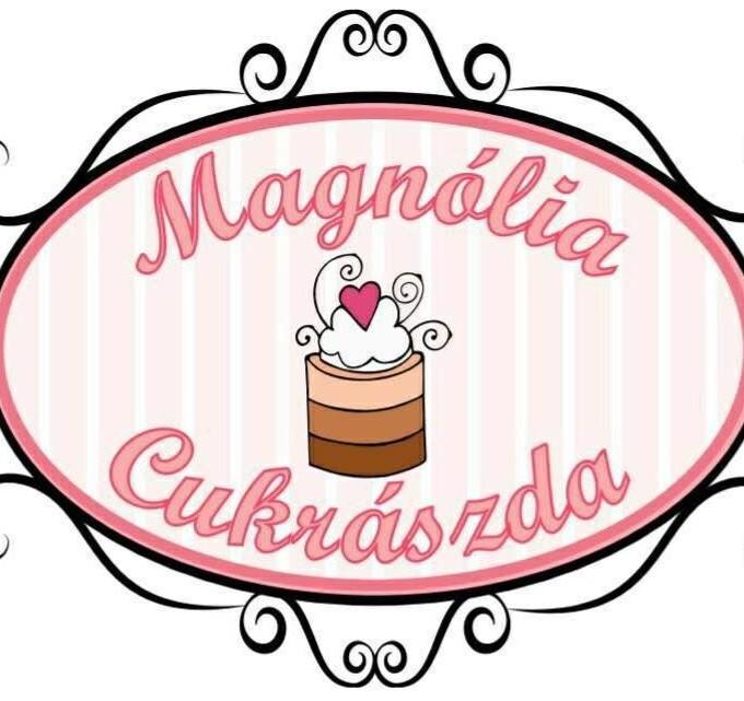 Magnólia Cukrászda - Üröm